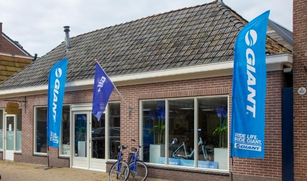 <p>De nieuwe winkel van Giant Store Burgum op Lageweg 30 in Burgum.</p>