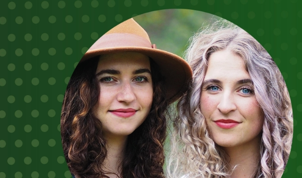 <p>Er is muziek van Sera Noa en Rosa van der Vijver (Zandprinses)</p>