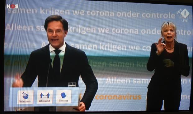 <p>Premier Mark Rutte op tv, vrijdagavond 18 juni: &quot;We blijven zeer alert!&quot;</p>