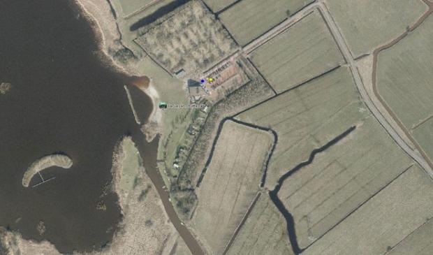 Het zwemstrand aan de Bildreed 3 bij Rottevalle, vanuit de lucht gezien.
