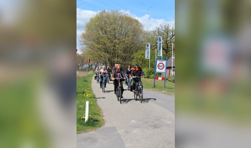 <p>Deze Koningsdag is er weer een mooie fietstocht. Foto: Oranjevereniging Eerbeek.</p>