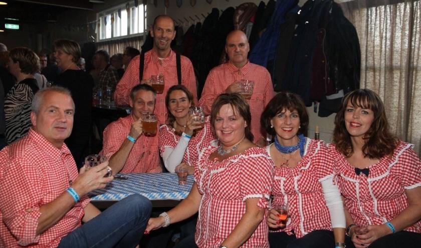 Feestgangers tijdens een vorige editie van Loofest. (foto: Organisatie Loofest)