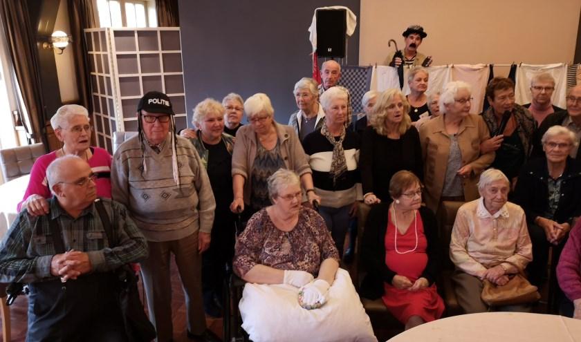 Senioren uit Westervoort en Duiven. (foto: Johan Schoolderman)