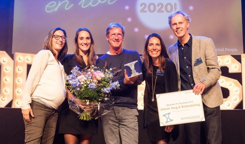 Van links naar rechts: Merel Hoes, Astrid Bolck, Wil Zajdenband, Myke Bonouvrié en Ted Jetten