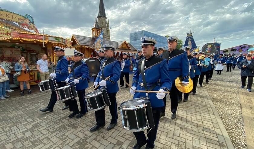 Entree van de oktoberfeesten. (foto: Jan Derksen)