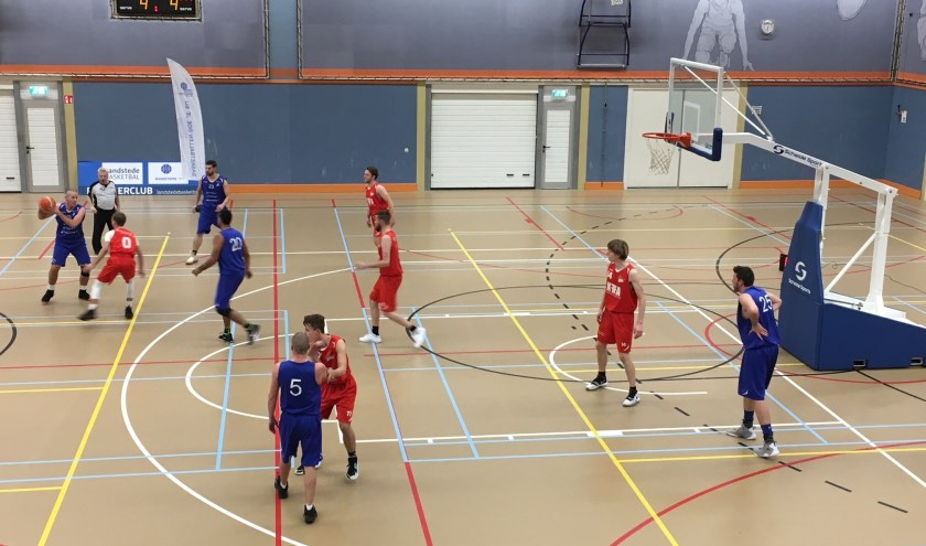 Fragment heren 1 tegen Red Giants. (foto: Basketiers '71)