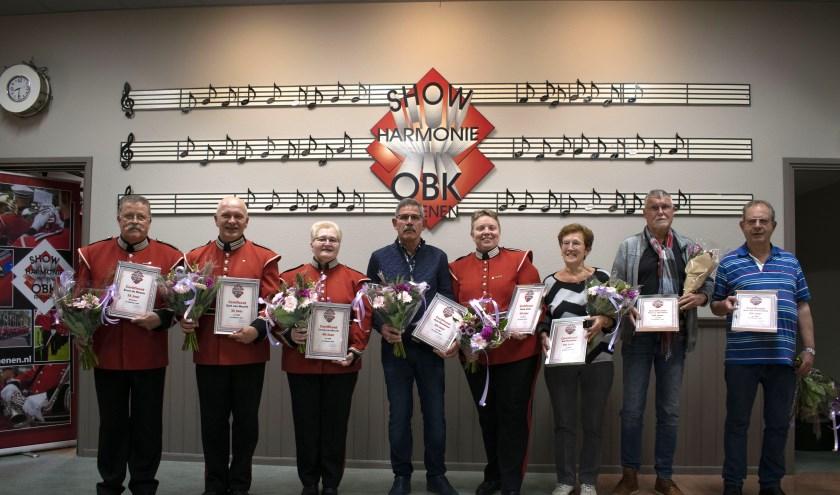 Van links naar rechts: Ernst de Rhoter, Gert van Mourik, Connie van Mourik, Arie Roelofsen, Carla Smits, Eef Hendriks, Henny Hendriks, Arie van Veenendaal. (foto: Youssef Girgis)