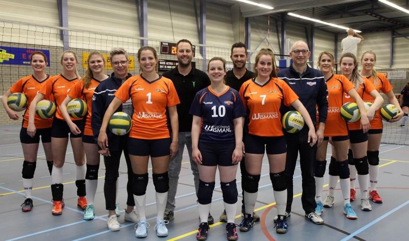 Team met sponsor . (foto: Niels Sparnaaij @ foto Mireat)