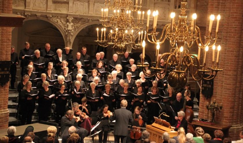 Oratoriumkoor Rhenen. (foto: Henk Steenwijk)