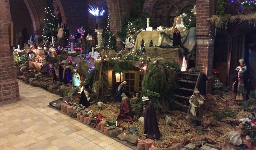Een deel van de kerststal in de Zandse Kerk. (foto: archief Zandse kerk)