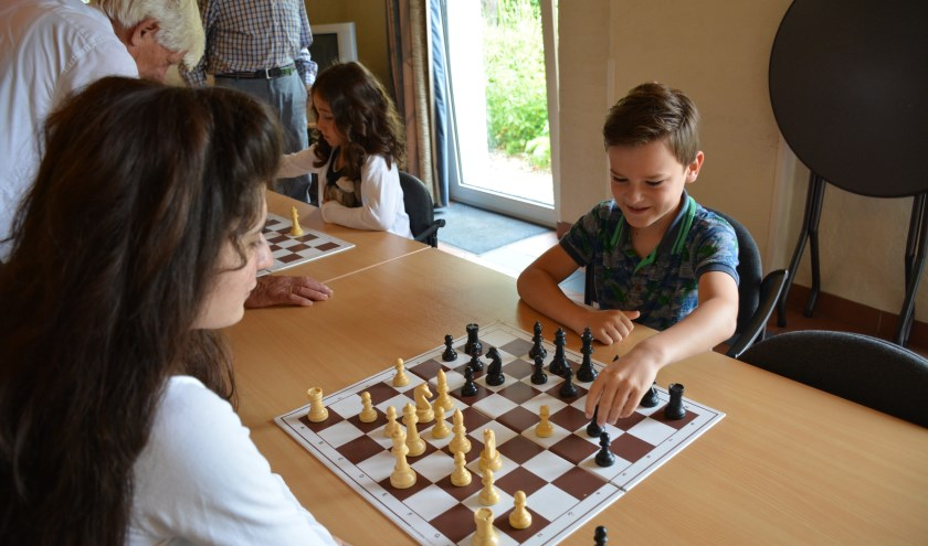Eerste Schaakconcert ANBI Stichting Talento Metissimo 2016.(foto: Maja Kazarian-Lomsatze)