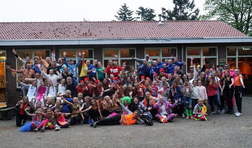Jeugdleden en begeleiders HV Huissen. (foto: Karin Sluiter)