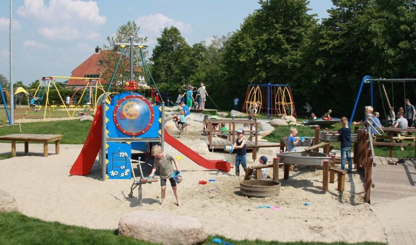 Speeltuin in Hulhuizen. (foto: Ria Schouten-de Haan)