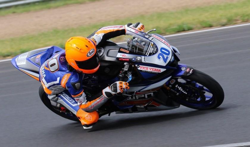 Melvin van der Voort in actie op het circuit van Most. (foto: SWPN)