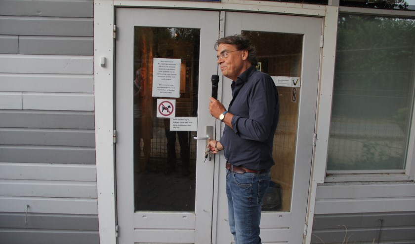 Directeur Wiel Lenders sluit het museum. (foto: Peter Hendriks)