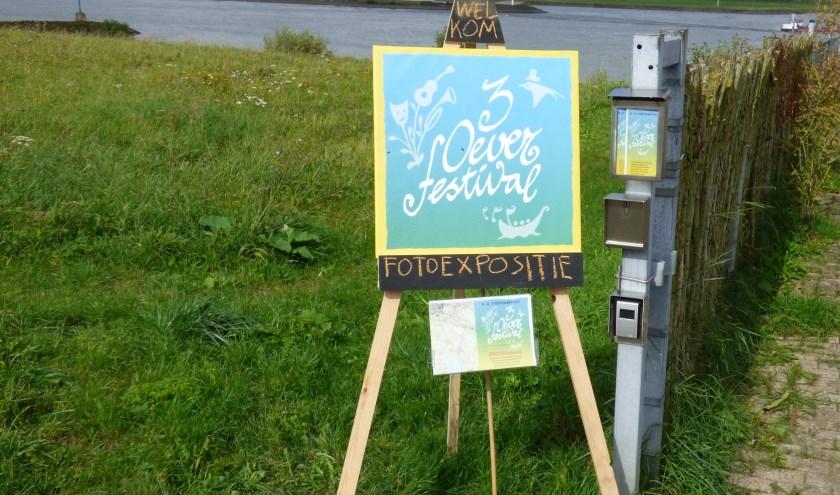 Foto-expositie bij de Telpost. (foto: Alie Engelsman)