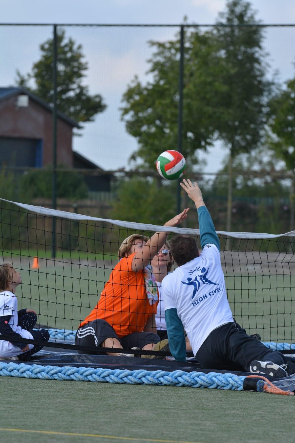 Zitvolleybal, een van de sporten. (foto: Special Sports Event)