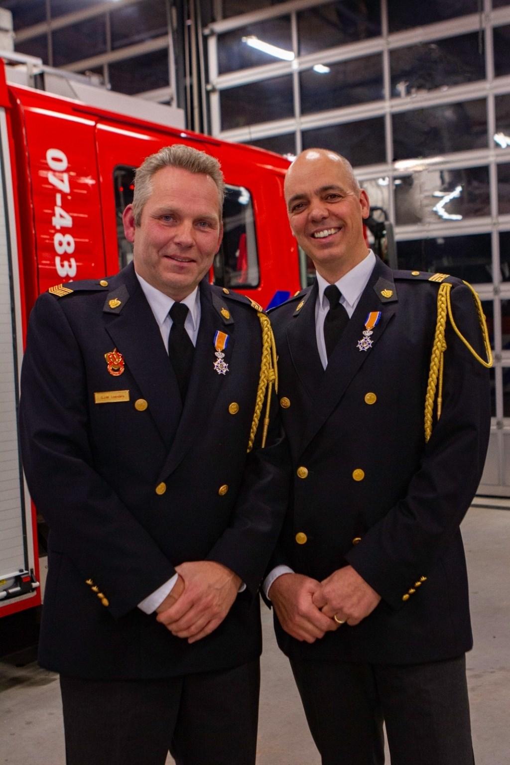 Gérard Leenders en Toine Knipping. (foto: Brandweer Bemmel)