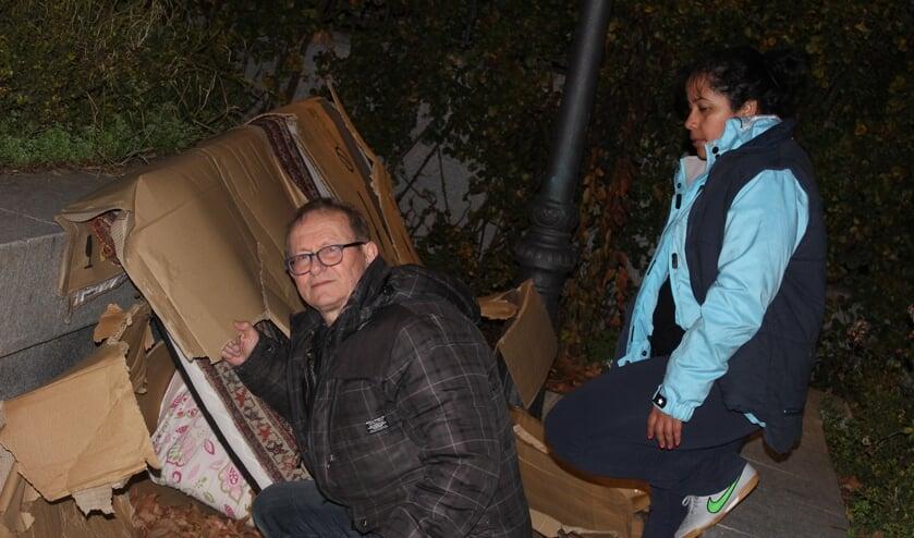 Van Schaijk laat zien hoe de vluchtelingen in Madrid de nacht doorbrengen. (foto: Van Schaijk )