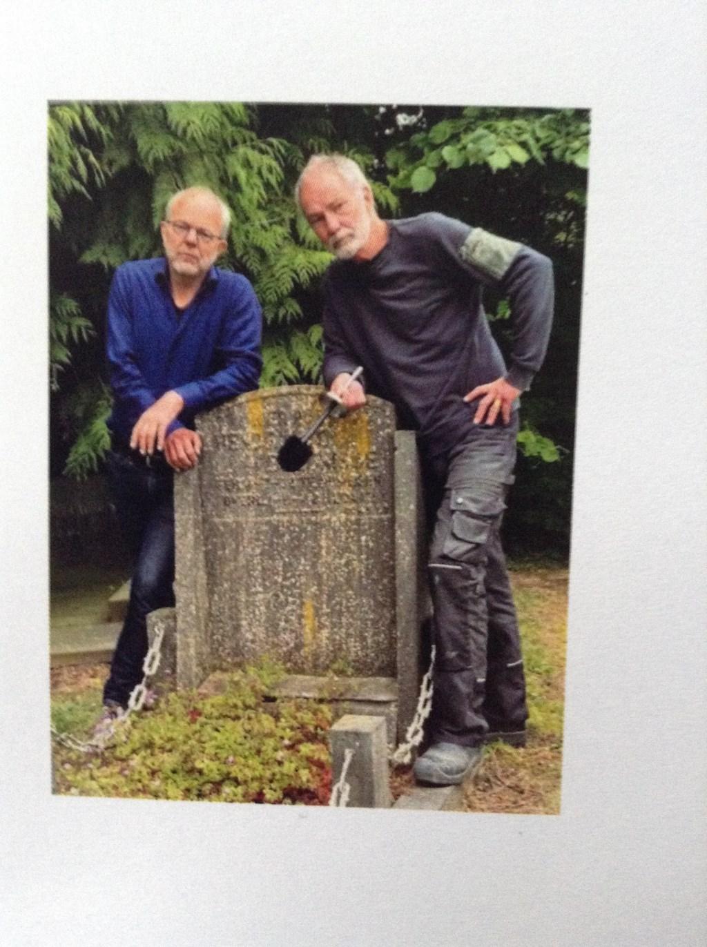 De broers Leo en Guus Smid. (foto: Conny Smid)