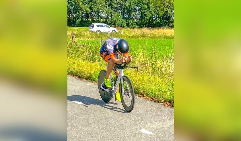 <p>Triatleet Marcel Gierman in aktie</p>