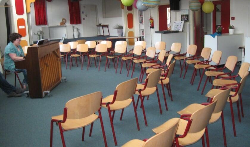 <p>Lege stoelen. (foto: Wim Bloemendal)</p>