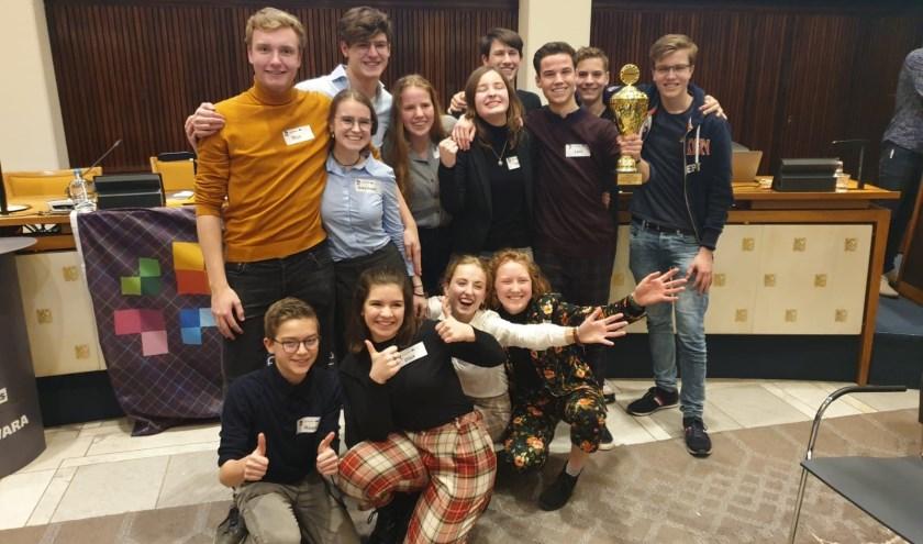Het winnende team van het Candea College