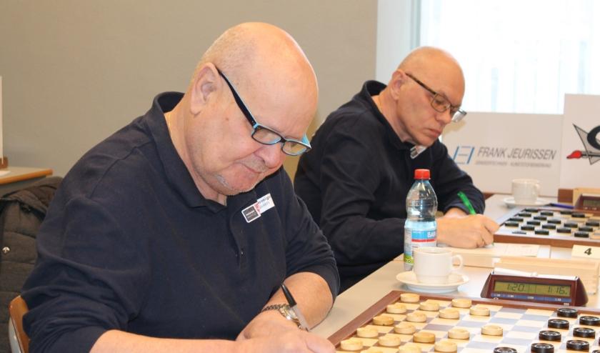 Geert van Aalten (l) en Alexander Baljakin.