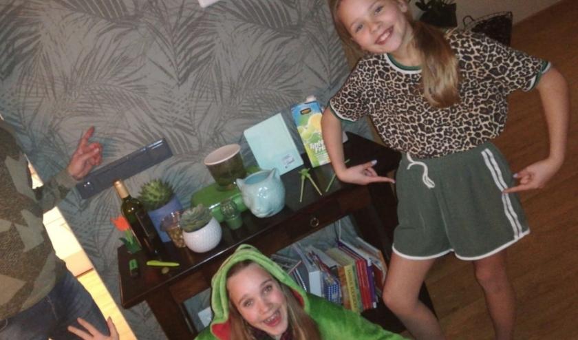 Opdracht verzamel 20 groene spullen (foto: Eline Frederiks)