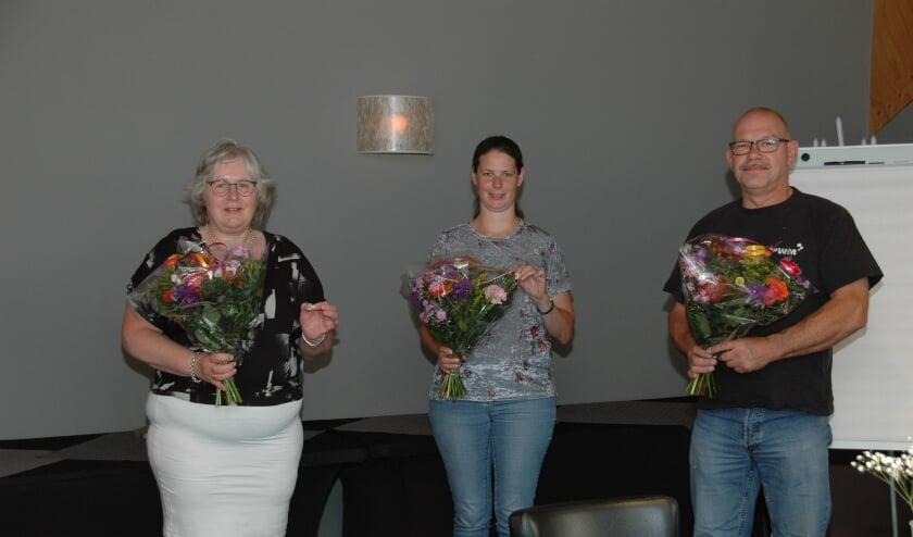 Drie jubilarissen 10 jaar lidmaatschap Ehbo. (foto: Ehbo-Dodewaard)