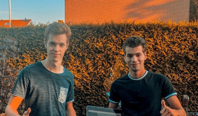 De makers van de website. (foto: Richard Verwoert)