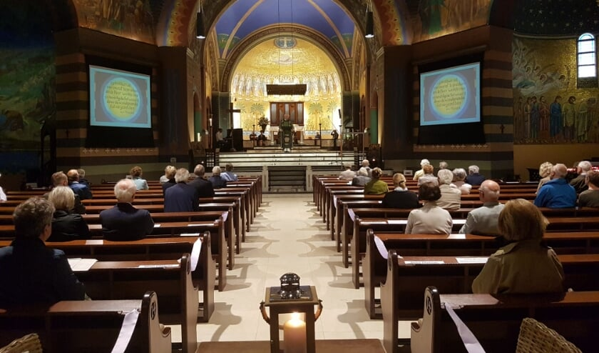 Eucharistieviering. (foto: Jan Polman)