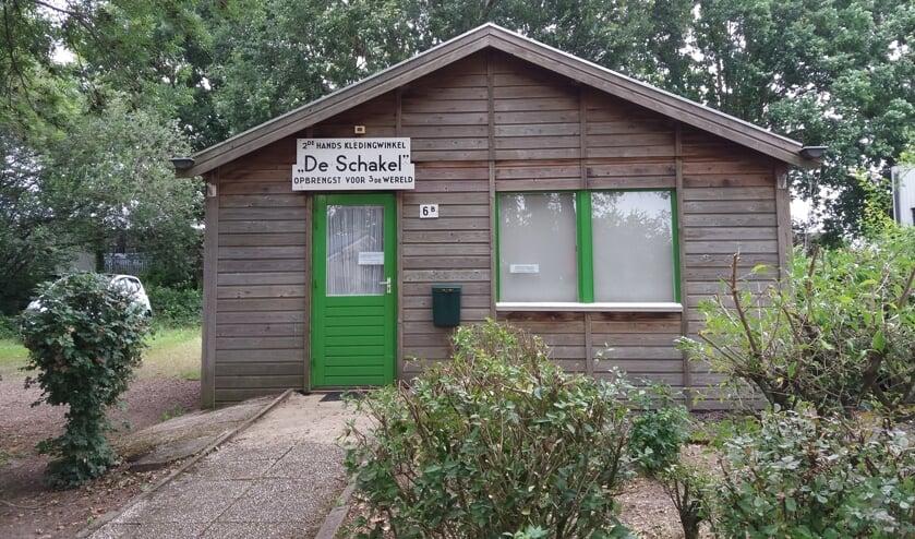 Tweedehands-kledingwinkel De Schakel in Malden. (foto: Annie van de Hei)