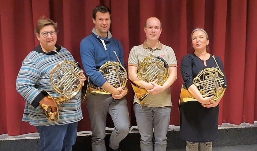 Hoornisten Volharding. Van links naar rechts: Trees Sluiter, Michiel Neijenhuis, Niek Gertsen en Ingrid Willemsen.(foto: Theo van Vuuren)