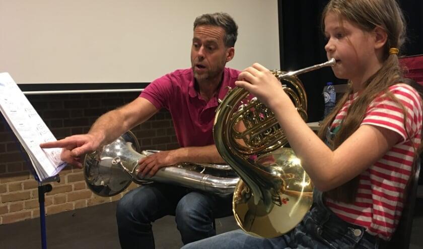UDI verzorgt muzieklessen voor jong en oud. (foto: Willem van Doesburg)