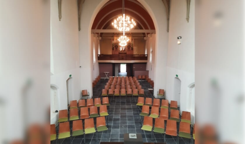 <p>De verbouwde kerk in Drie. (foto: Jaap van Merkerk)l</p>
