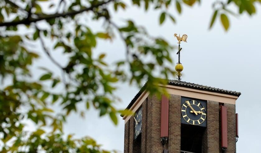 <p>Het uurwerk van de Martinustoren vraagt om verlichting. (foto: Sjaak Veldkamp)</p>