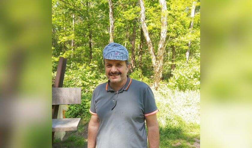 <p>Wandelen is fijn, maar het liefst heeft Mohammed een vaste baan! (foto: Agile Welzijn)</p>