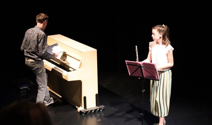 <p>Jan en Cornelia Neven in actie. (foto: Inge Neven)</p>