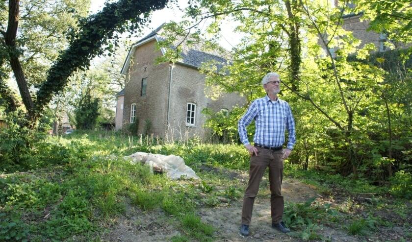 <p>Vrijwilliger Martien op &rsquo;t Hof: &lsquo;De drie kernwoorden zijn rust, landbouw en natuur.&#39; <br>(Foto: Kim Kleijkers)<br><br></p>