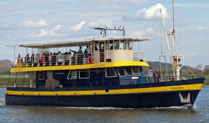 <p>De Blauwe Bever onderweg voor een mooie vaart op de Rijn.</p>
