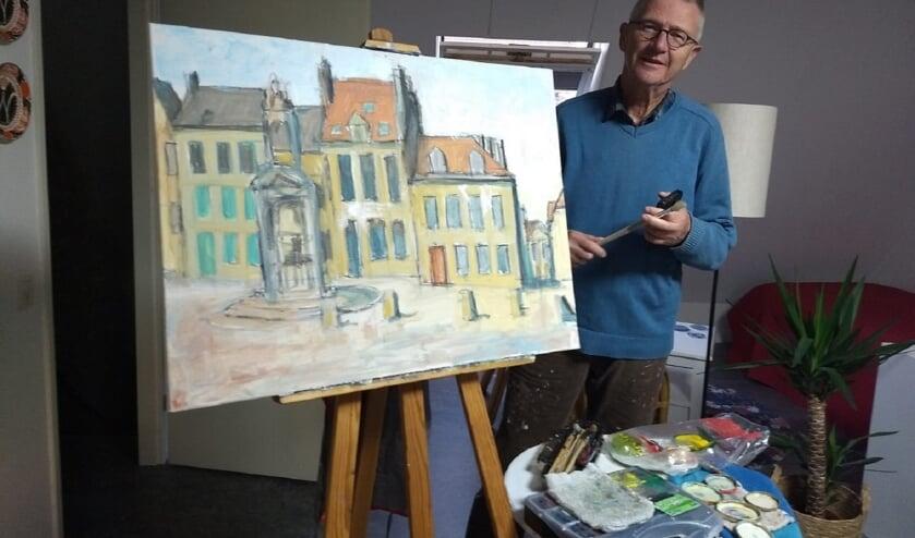 <p>Vrijwilliger Rob Jansen met zijn werk. (foto: Willy van Staveren)</p>