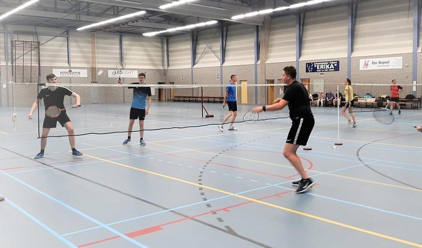 <p>Spelers van BC Gendt. (foto: Ilse van der Westen)</p>