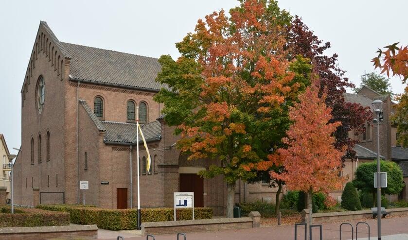 <p>Sint-Werenfriduskerk in Elst. (foto: Richard van Driel)</p>