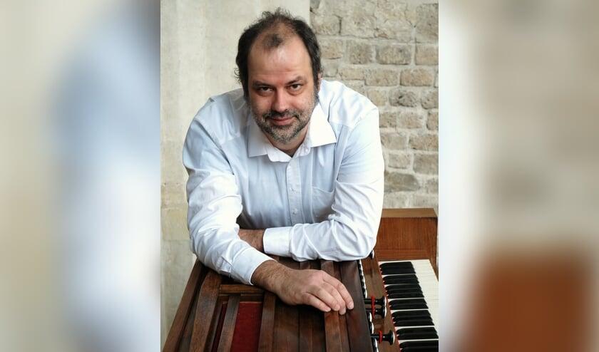 <p>Dirk Luijmes, organist. (foto: Arjen Faber)</p>